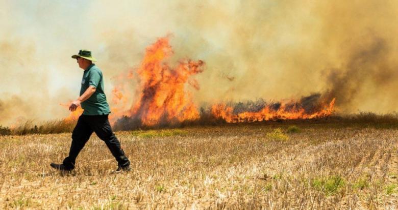 حريق بسبب طائرة حارقة في مستوطنات بغلاف غزة