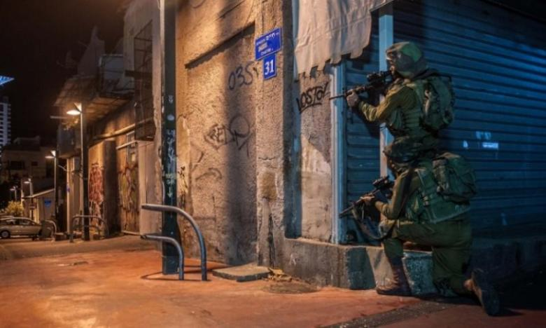 قوات الاحتلال تقتحم مطبعة وسط رام الله