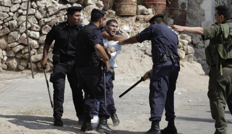 السلطة تستدعي أسيرين محررين وتواصل اعتقال آخرين