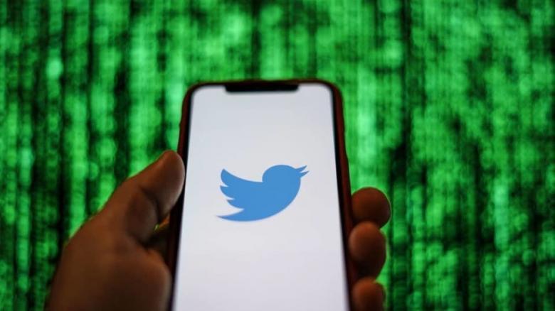 تويتر توقف مؤقتاً القدرة على التغريد عبر الرسائل القصيرة