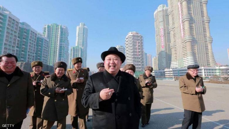 """كيم يعدم جنرالا على طريقة """"جيمس بوند"""""""