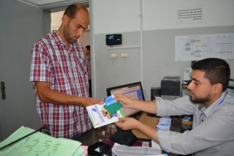 """غزة: انطلاق حملة """"اختر غذاءك بنفسك"""" للمستفيدين من مشروع القسائم"""