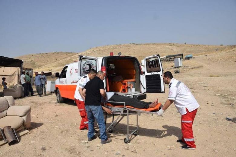 مستوطنون يعتدون على راع واعتقال آخر بالأغوار