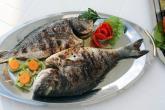 مزايا وأضرار أكل السمك وقت الحمل