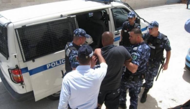القبض على مشتبه بامتلاك مشتل ضخم للمخدرات