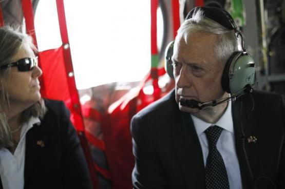 انفجار بأفغانستان تزامنا مع زيارة وزير الدفاع الأميركي