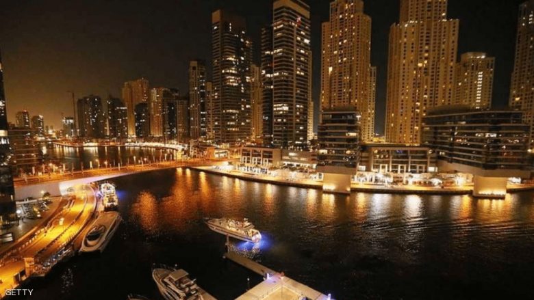 الإمارات تعفي أبناء السياح من رسوم تأشيرة الدخول