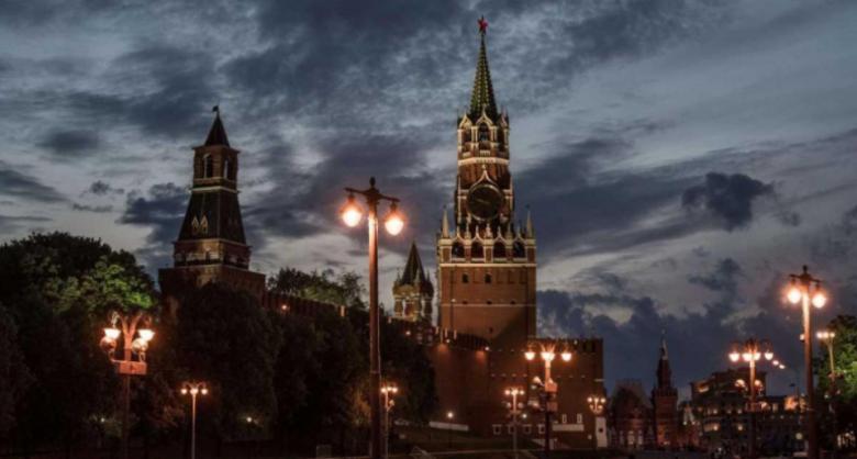 """رعب """"الإنذارات"""" يجتاح روسيا.. وإجلاء عشرات آلاف الأشخاص"""