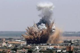 طائرات الاحتلال تستهدف نقاط رصد للمقاومة في قطاع غزة