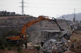 الاحتلال يهدم 4 متاجر في سلوان