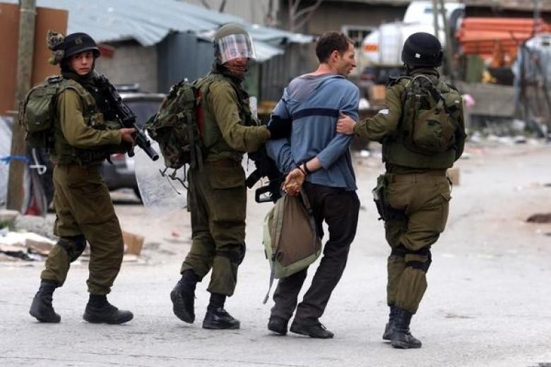 الاحتلال يعتقل طالبا في الثانوية العامة من النبي صالح
