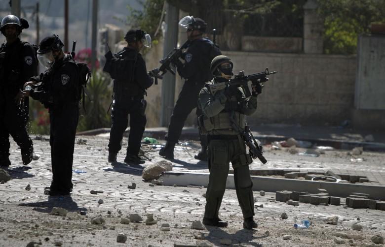 إصابة فتى بالرصاص الحي في اللبن الشرقية