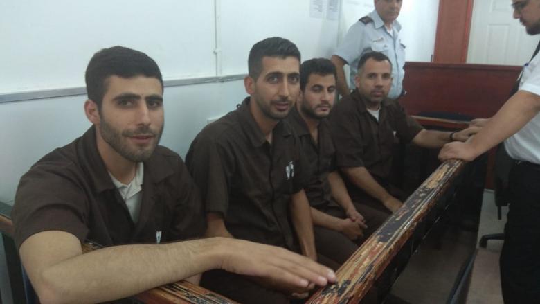 الاحتلال يمدد اعتقال الصحفي الريماوي ويفرج عن أربعة آخرين بشروط