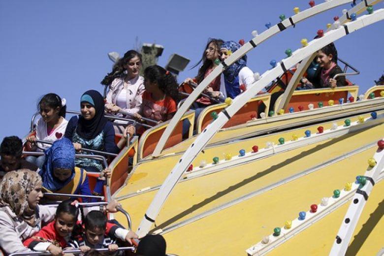 إنقاذ أطفال علقوا في لعبة بمدينة ملاهي قلقيلية