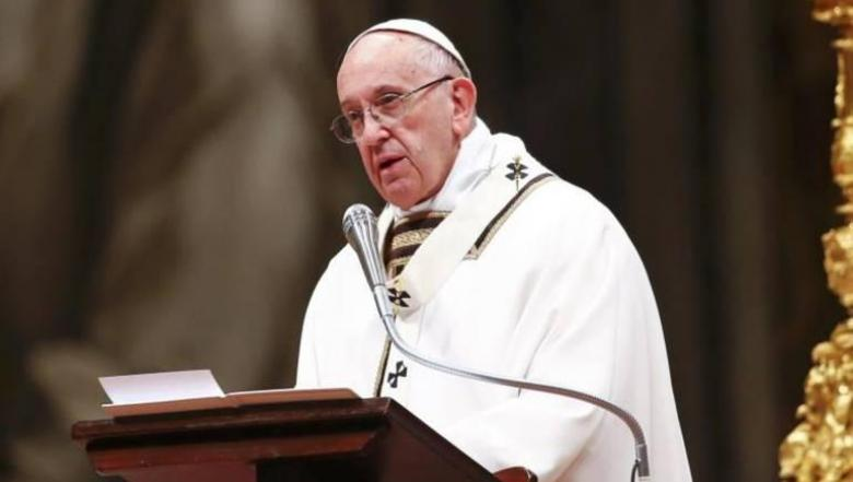 """بابا الفاتيكان: الزيجات المثلية لا تعتبر """"أسرة"""""""