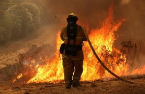 الحرائق المتواصلة في كاليفورنيا
