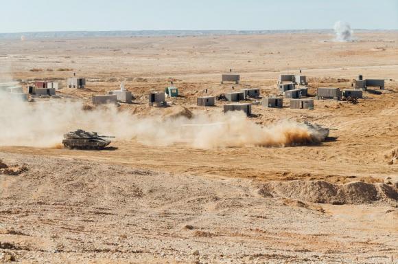 تدريب إسرائيلي يحاكي الاستيلاء على قرية