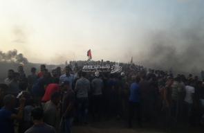 مواجهات جمعة غزة تنتفض والضفة تلتحم شرق البريج