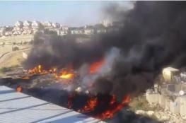 اندلاع حريق كبير عند مدخل العيزرية بالقدس