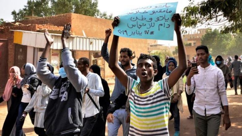 ارتباك السيناريوهات بعد شهرين من احتجاجات السودان