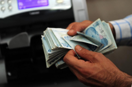 الليرة التركية في أدنى مستوياتها منذ 15 فبراير