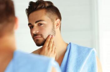 10 مشاكل جلدية تهدد نضارة بشرة الرجل