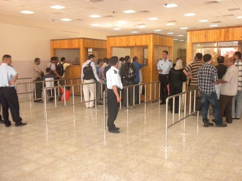 الشرطة: معبر الكرامة مفتوح للقادمين لـ24 ساعة