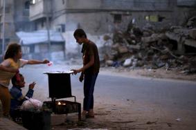 تقرير يرصد الحالة الإنسانية المتدهورة في قطاع غزة