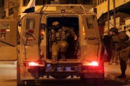 الاحتلال يعتقل ثلاثة مواطنين من نابلس