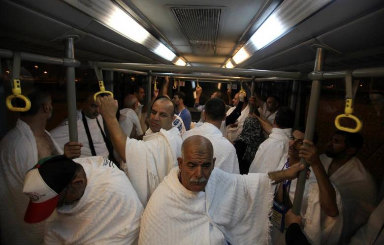 """""""الأوقاف"""" تحدد موعد انطلاق أولى رحلات معتمري غزة"""