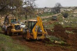 الاحتلال يجرّف 27 دونم أرض شرق قلقيلية