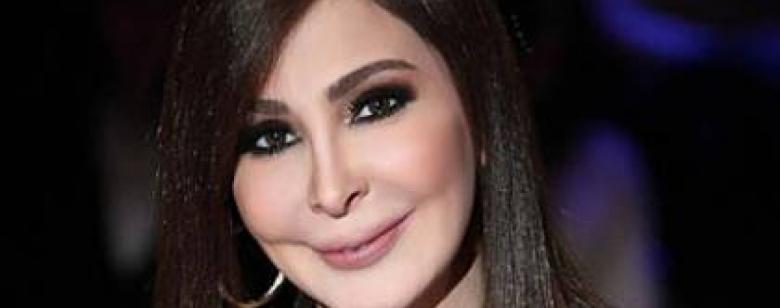 """الفنانة إليسا تهاجم الحكومة اللبنانية بسبب """"كورونا"""""""
