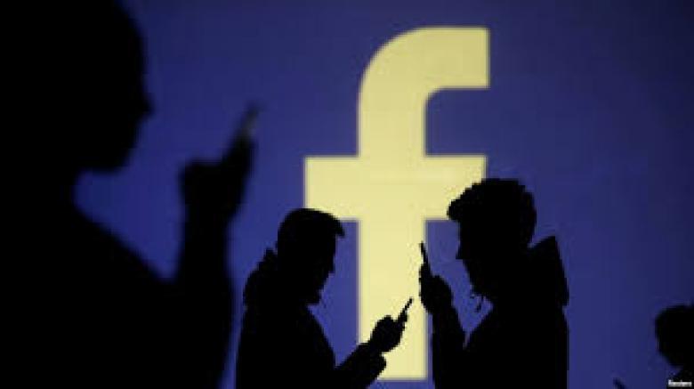 هل تنقسم فيسبوك؟