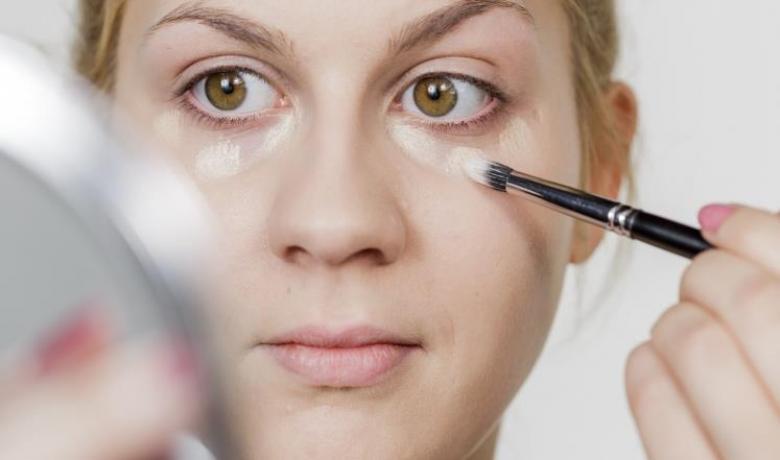 دليلك للمواد السامة في مستحضرات التجميل
