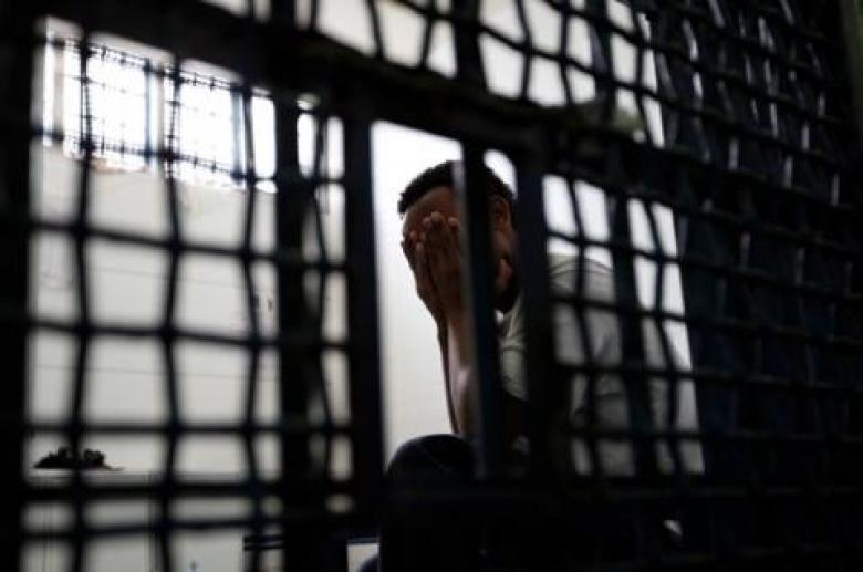 """تفاقم معاناة أسرى معتقل """"عتصيون"""" خلال رمضان"""