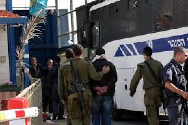 هيئة الأسرى: تمديد توقيف المعتقل المصاب عمر يونس لـ7 أيام