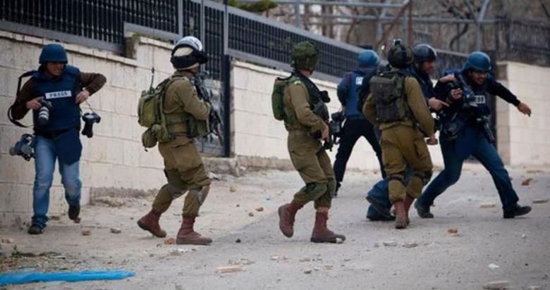 """600 انتهاك """"إسرائيلي"""" بحق الصحفيين الفلسطينيين في 2019"""