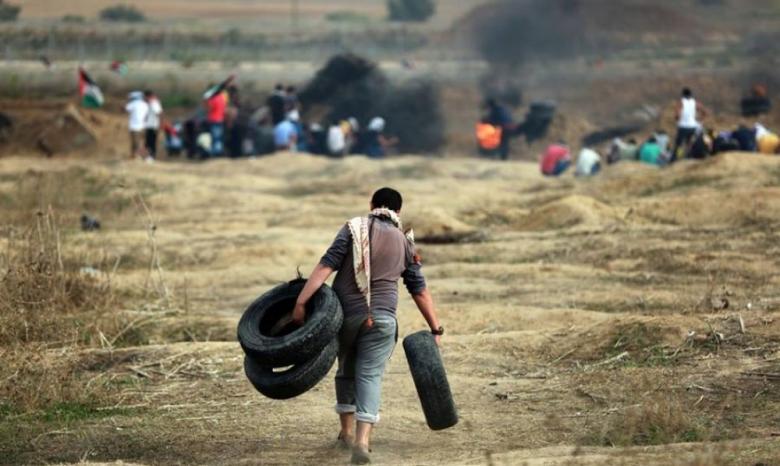 الاحتلال يصيب شابا ويعتقله عند الحدود شرق رفح