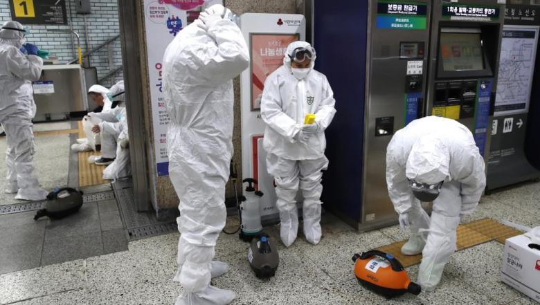 امرأة كورية نقلت الفيروس لأكثر من 80 شخصا في كنيسة