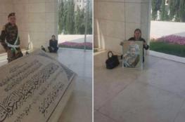 زوجة الأسير البرغوثي تعتصم قرب ضريح عرفات