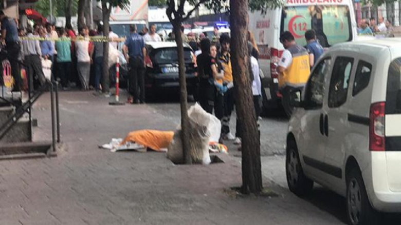 سوري يطلق النار على زوجته وطفليه وينتحر في تركيا