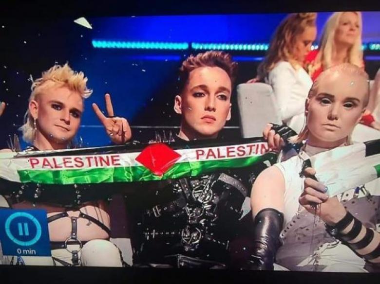 """علم فلسطين وآثار العدوان على غزة يحضران في نهائي """"اليوروفيجن"""""""