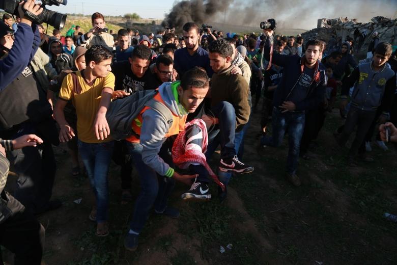 5 إصابات خلال مواجهات مع الاحتلال شرق المحافظة الوسطى