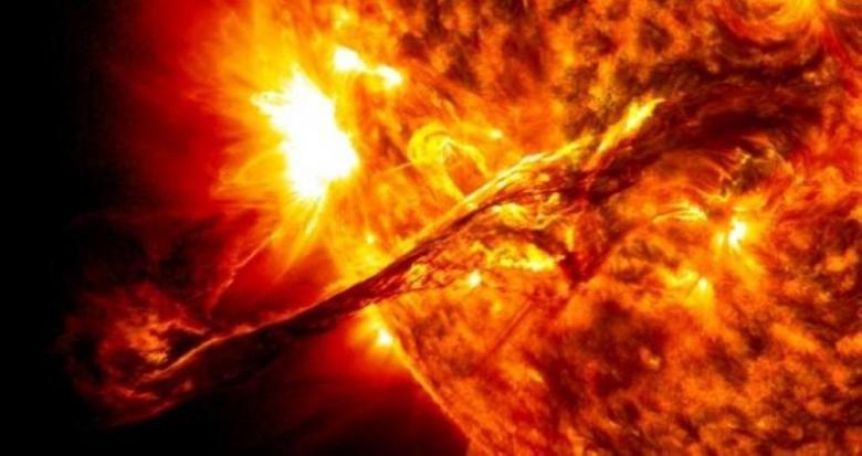 عاصفة شمسية مدمرة قادمة