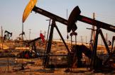 النفط يهبط 3% عقب زيادة مفاجئة في المخزونات الأمريكية