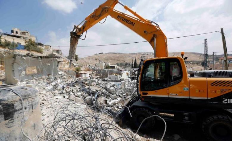 قوات الاحتلال تهدم غرفة زراعية جنوبي بيت لحم