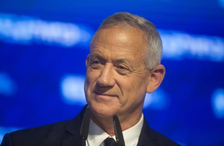"""غانتس يكشف عن خطة إسرائيلية لضرب """"نووي إيران"""""""