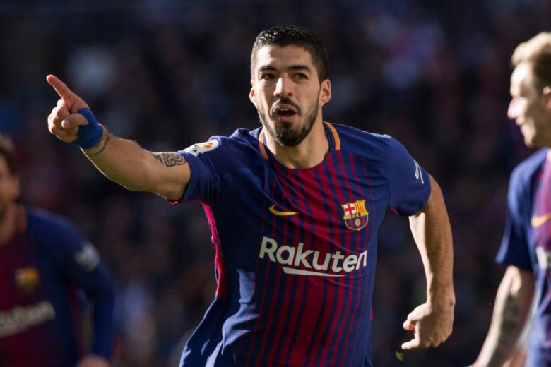 سواريز يمتلك عرضًا للرحيل عن برشلونة