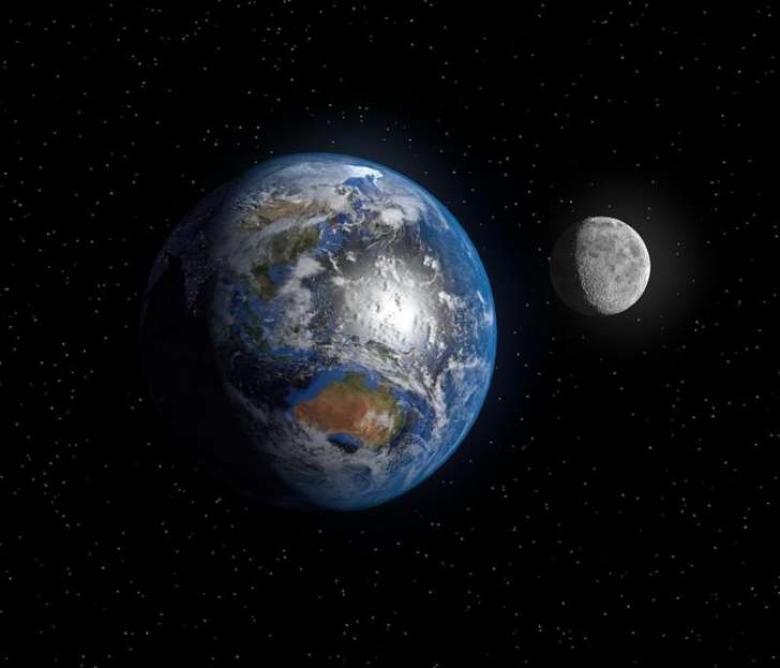 هذا هو موعد سقوط القمر فوق الأرض وانتهاء الحياة