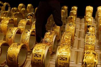 أسعار الذهب تسجل أدنى مستوياتها في 6 أشهر